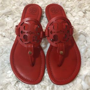 ❤️Tory Burch Miller Sandals Size 9❤️